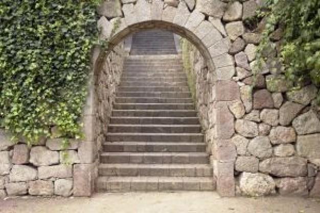 http://static.freepik.com/fotos-gratis/puerta-de-piedra--porta-de-pedra_2761282.jpg