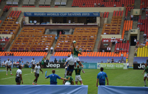 Fiji and South Africa compete in the quarterfinals at the 2013 Rugby Sevens World Cup in Moscow