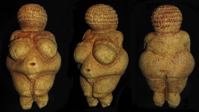 http://4.bp.blogspot.com/-6iDzKvyKn9U/Uf0wep_pZdI/AAAAAAAADvU/tYf51k1w_vM/s640/Venus+of+Willendor+3+angles.jpg
